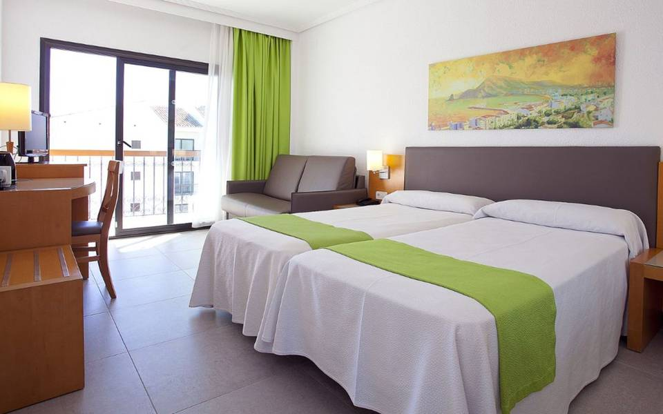 Superior double room cap negret hotel altea, alicante